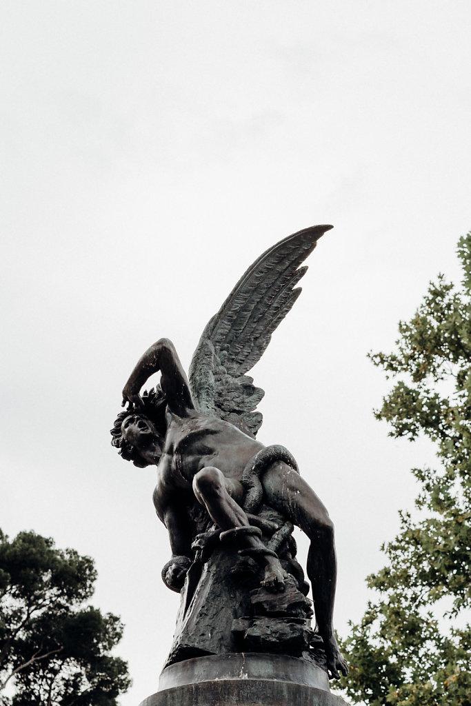 Fuente del Ángel Caído, parque del Retiro